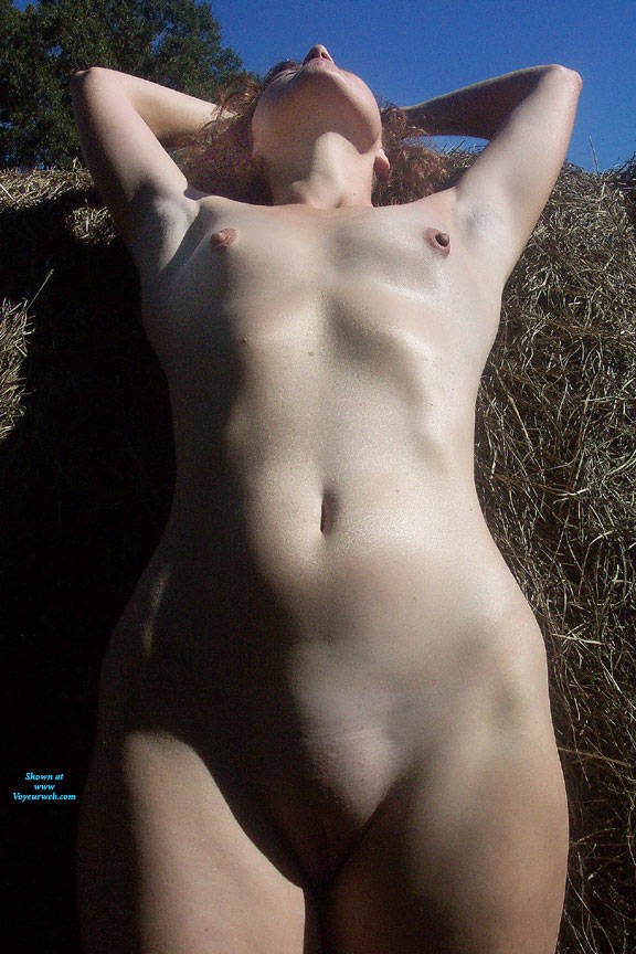 Pic #6 In The Field - Nude Girls, Outdoors, Redhead, Amateur