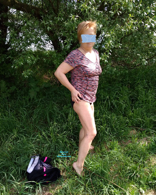 Pic #1 Walk In Nature 2 - Nude Girls, Big Tits, Outdoors, Bush Or Hairy, Amateur, Girls Stripping, Nature