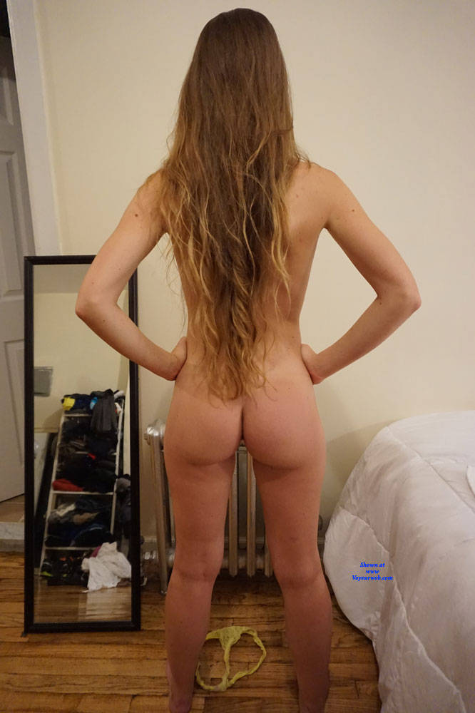 Pic #5 Young Amateur Blond Posing For Casting Photo Shoot - Nude Girls, Amateur