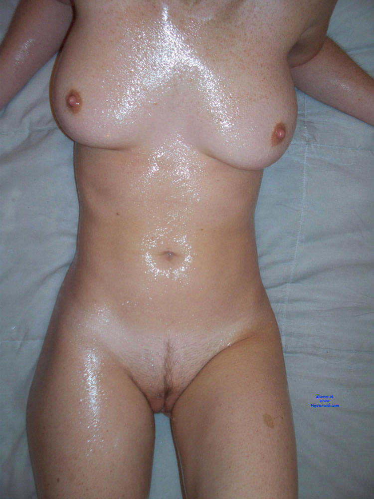 Pic #4 Lisa, Sexy Amateur Posing Nude - Nude Girls, Blonde, Amateur
