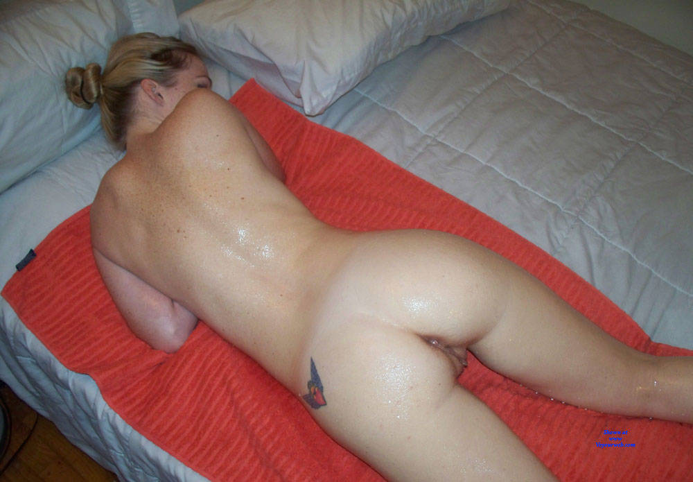 Pic #7 Lisa, Sexy Amateur Posing Nude - Nude Girls, Blonde, Amateur