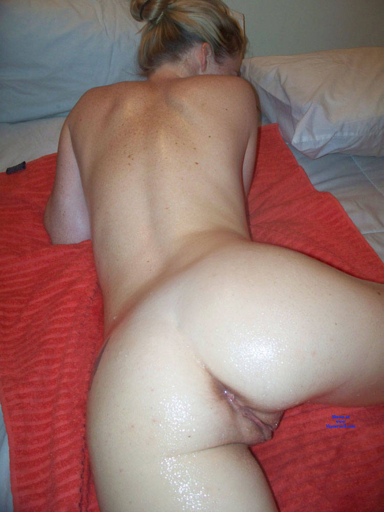 Pic #8 Lisa, Sexy Amateur Posing Nude - Nude Girls, Blonde, Amateur
