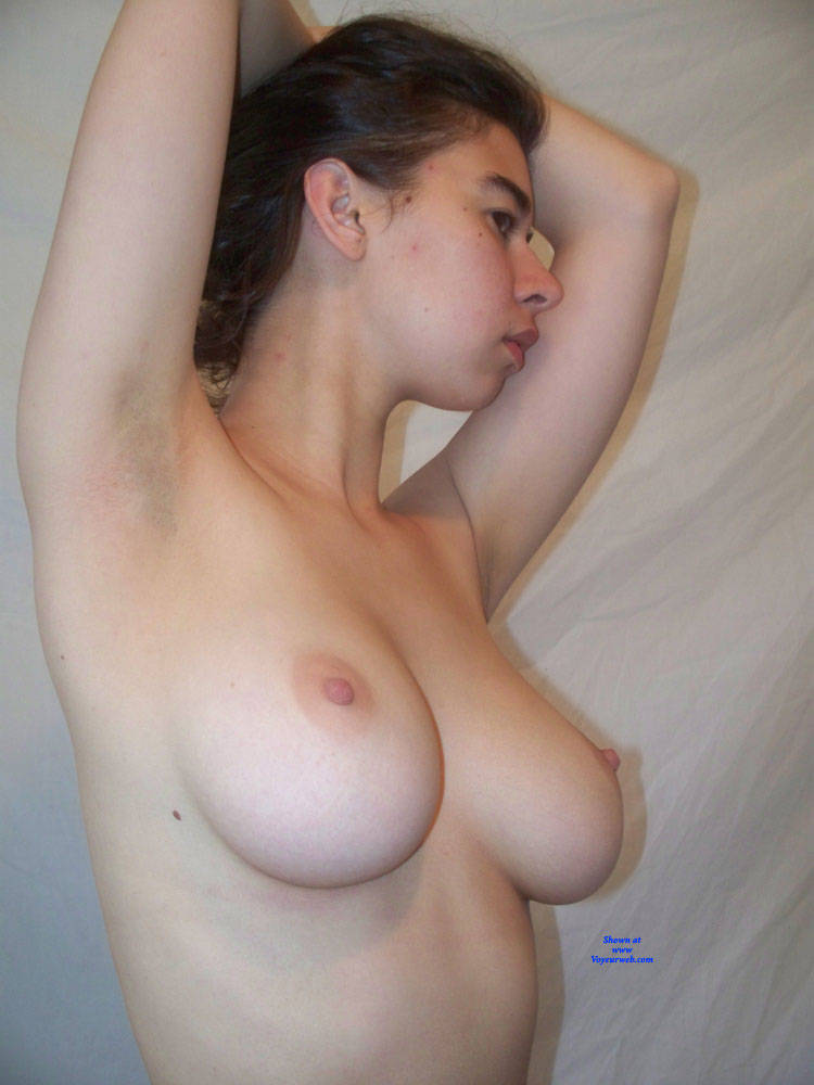 Pic #2 Mira, Up Close And Personal - Nude Girls, Big Tits, Brunette, Bush Or Hairy, Amateur
