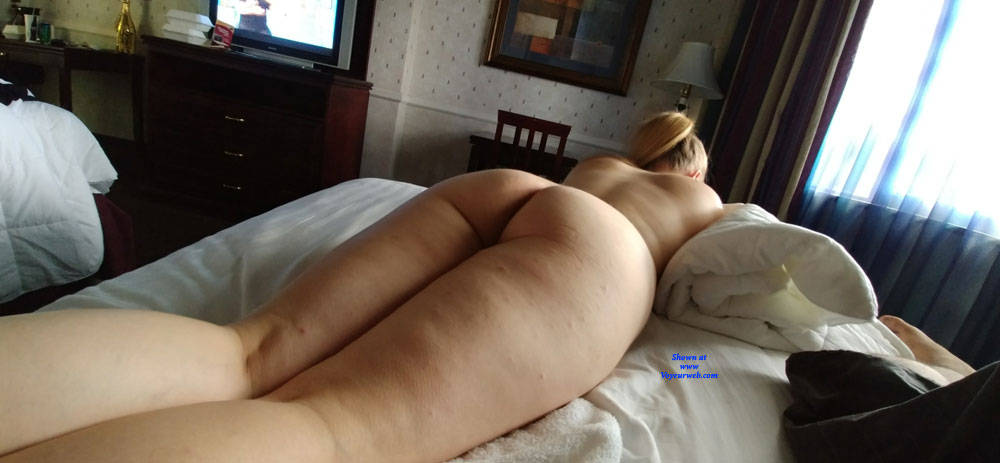 Pic #2 Messing Around Taking Pictures - Nude Wives, Amateur