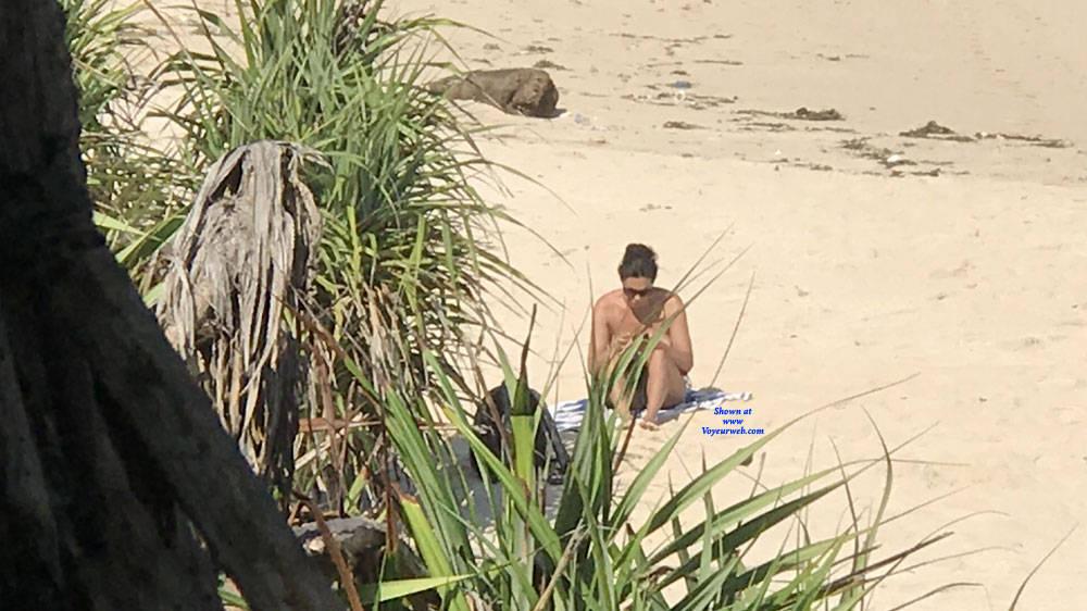 Pic #1 Girl From Hungary - Topless Girls, Brunette, Outdoors, Beach Voyeur