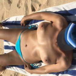 Pic #2 Girl From Hungary - Topless Girls, Brunette, Outdoors, Beach Voyeur