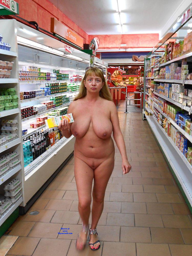 Pic #6 Nude On Streets And In The Shop - Nude Girls, Big Tits, Public Exhibitionist, Flashing, Outdoors, Public Place, Amateur