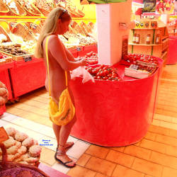 Pic #8 Nude On Streets And In The Shop - Nude Girls, Big Tits, Public Exhibitionist, Flashing, Outdoors, Public Place, Amateur