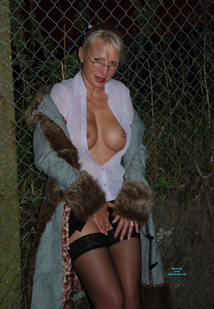 Pic #3 Walk In The Dark, Parts 1 And 2 - Big Tits, Blonde, Outdoors, Amateur, Pantieless Wives