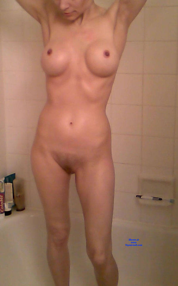 Pic #2 Sexy Shower - Nude Girls, Amateur