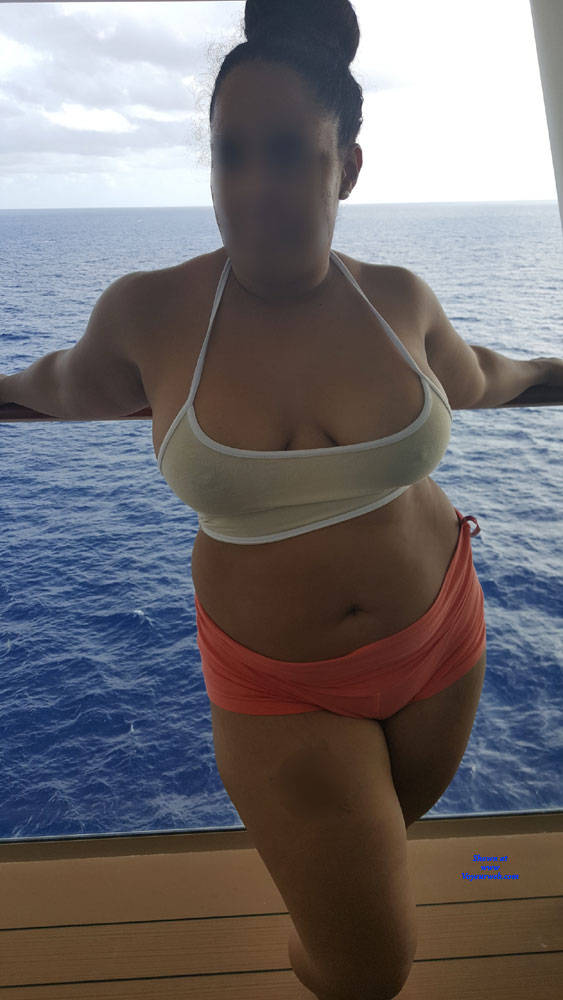 Pic #1 Wife Tease On Vacay - Big Tits, Wife/wives, Amateur