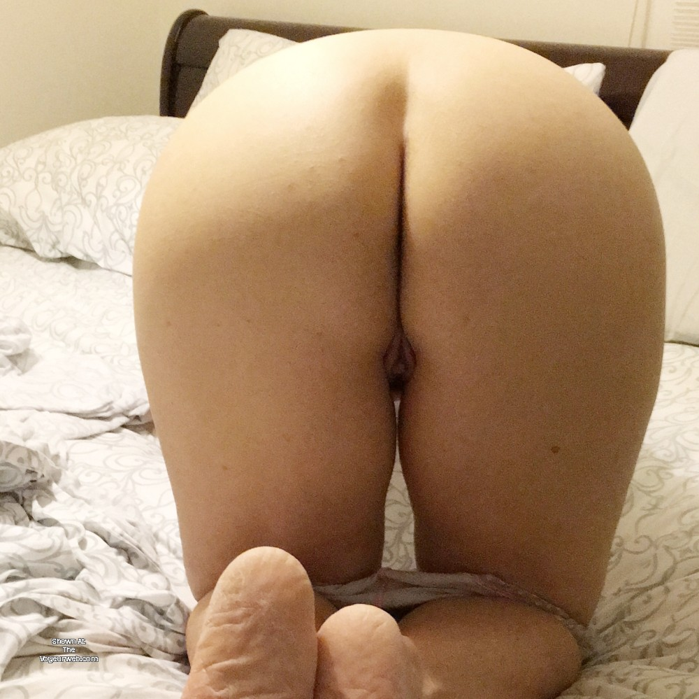 Pic #1 My wife's ass - Milf Maid