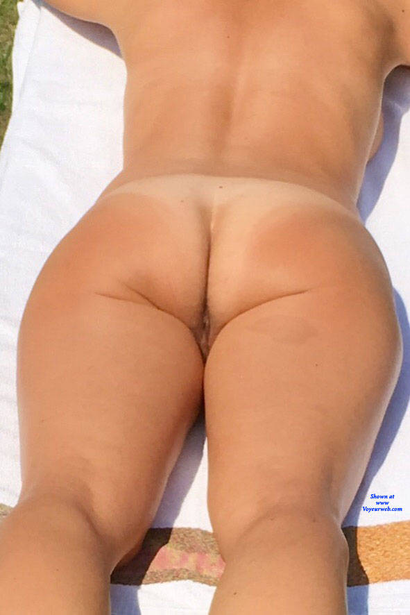 Pic #1 Tanning - Nude Girls, Outdoors, Amateur