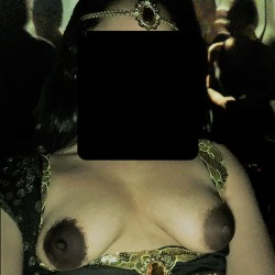 Medium tits of my wife - azraazra