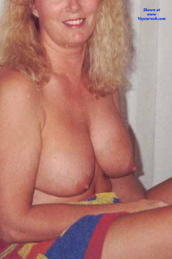 Pic #2 My Wife Maxine - Big Tits, Blonde, Wife/wives, Amateur