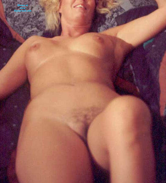 Pic #3 My Wife Maxine - Big Tits, Blonde, Wife/wives, Amateur