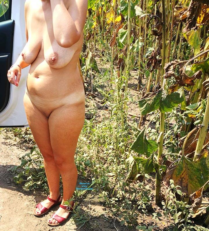 Pic #3 After Work - Nude Wives, Big Tits, Outdoors, Shaved, Amateur