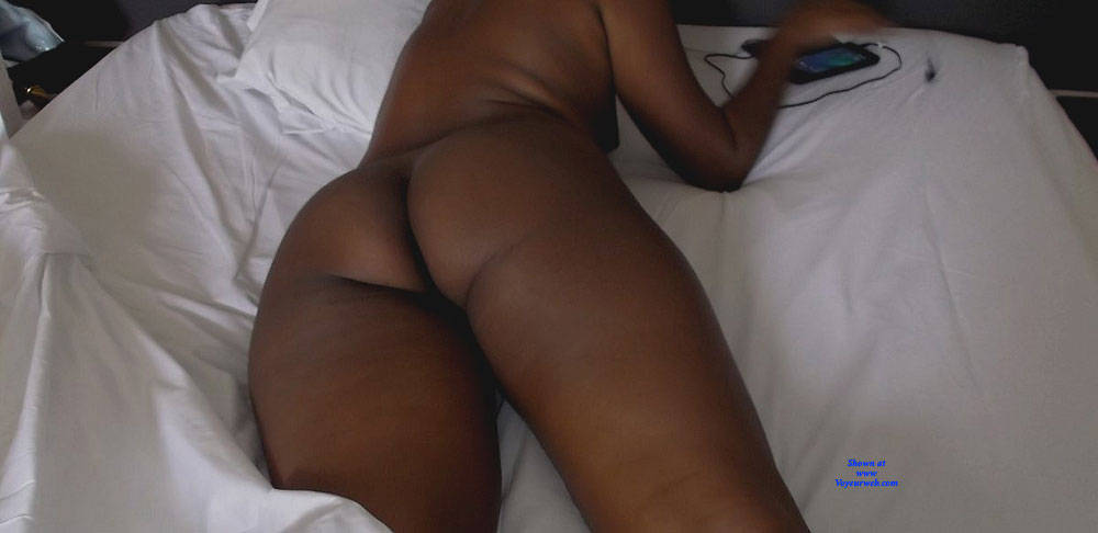 Pic #6 In Hotel - Nude Girls, Amateur