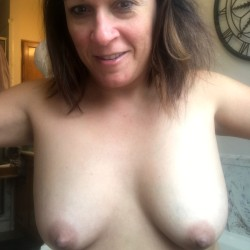 Medium tits of my girlfriend - Melissa