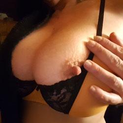 Chaudeee - Big Tits, Amateur