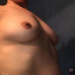 Medium tits of my girlfriend - Micki