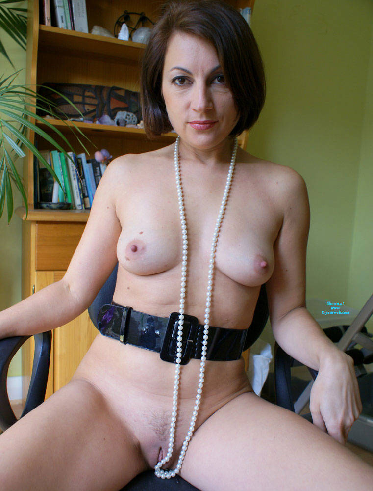 Pic #1 Anna At 40 - Just Pearls, Belt And Whip - Nude Girls, Brunette, Amateur