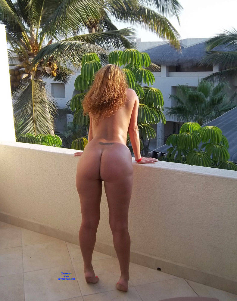 Pic #7 Random Out And About - Nude Wives, Big Tits, Public Exhibitionist, Flashing, Outdoors, Public Place, Amateur, Firm Ass