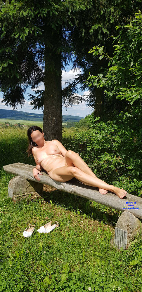 Pic #1 Summer Fun - Nude Girls, Big Tits, Outdoors, Shaved, Amateur