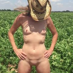 Nirvana Field of Green - Nude Wives, Outdoors, Small Tits, Shaved, Amateur
