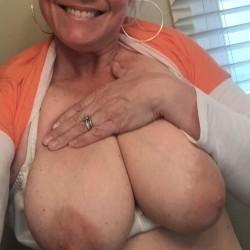 Large tits of my girlfriend - Sassy