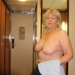 Large tits of my wife - lovie