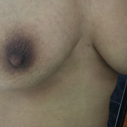 Medium tits of my girlfriend - Qqqqqqq