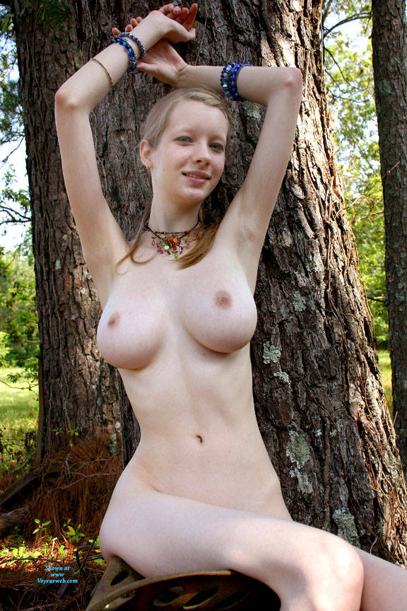 Pic #1 Sitting By A Tree - Nude Girls, Big Tits, Outdoors, Bush Or Hairy, Amateur