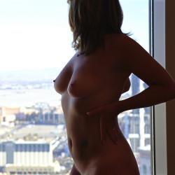 Medium tits of my wife - Ripley