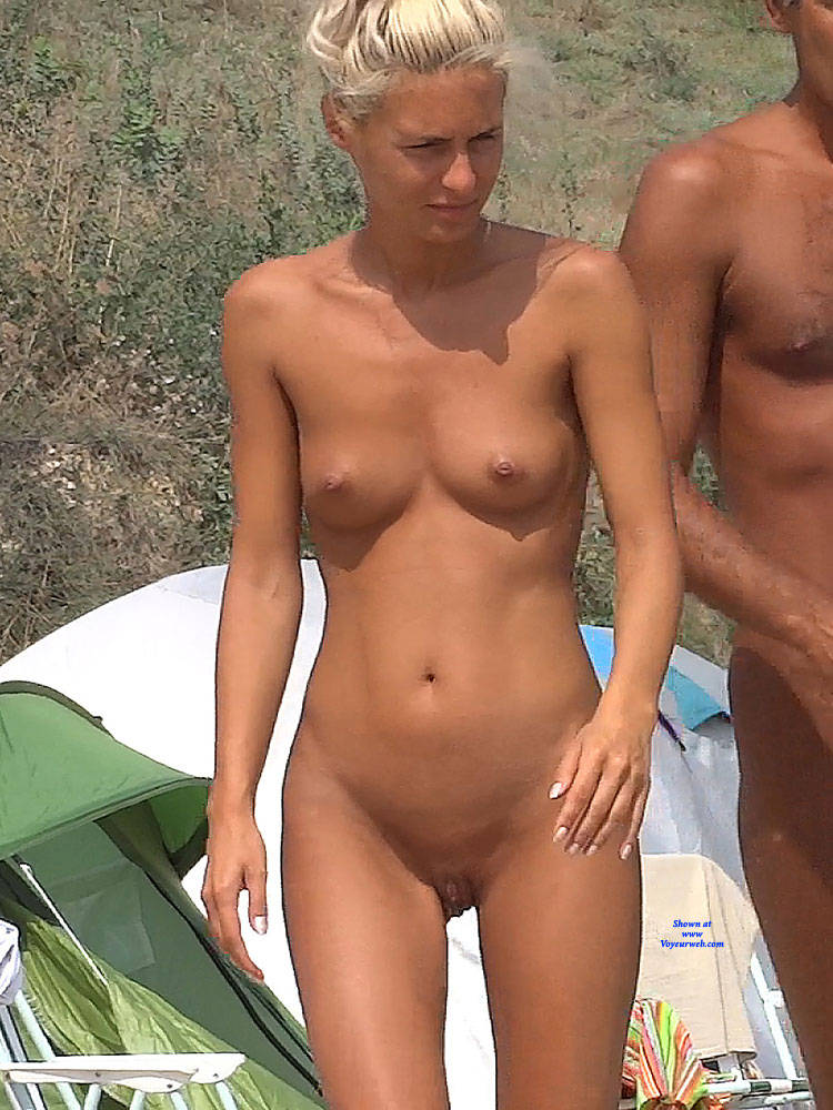 girls and camper and nudist