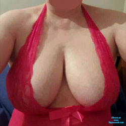 Loving Red - Big Tits, Lingerie, Amateur