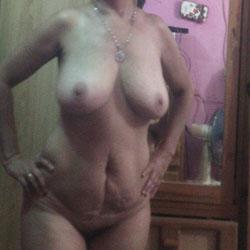 Mi Viejita V - Big Tits, Amateur