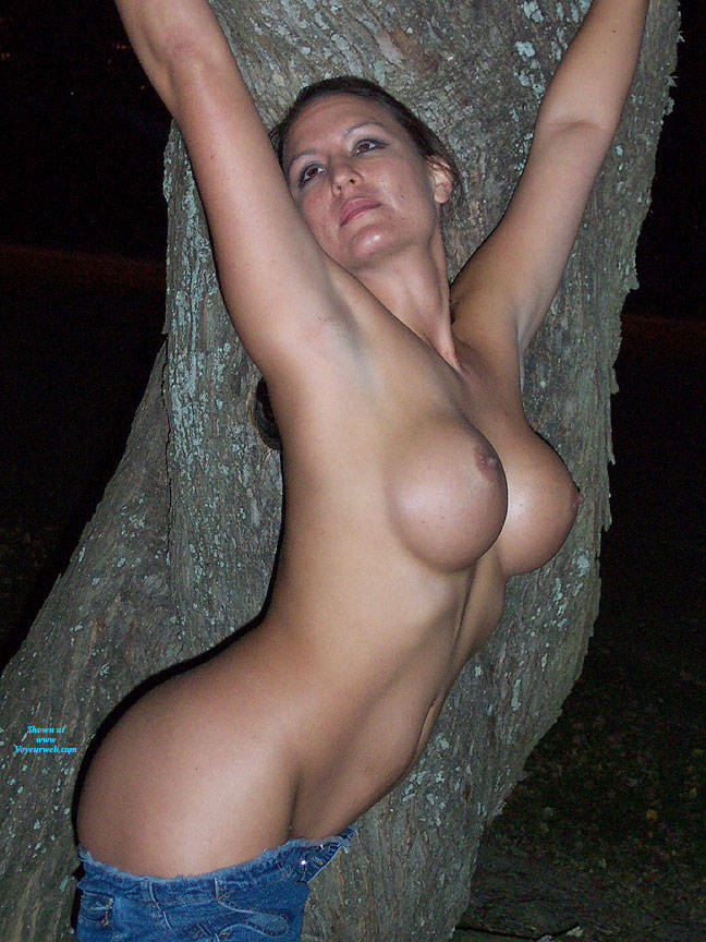 Pic #2 Ballfield Nudes - Nude Girls, Big Tits, Brunette, Outdoors, Public Place, Amateur, Firm Ass