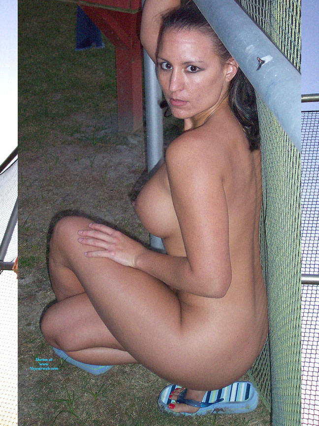 Pic #5 Ballfield Nudes - Nude Girls, Big Tits, Brunette, Outdoors, Public Place, Amateur, Firm Ass