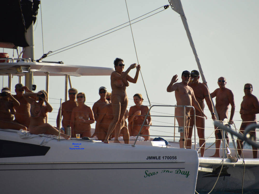 Pic #4 Nude Cruise - Outdoors