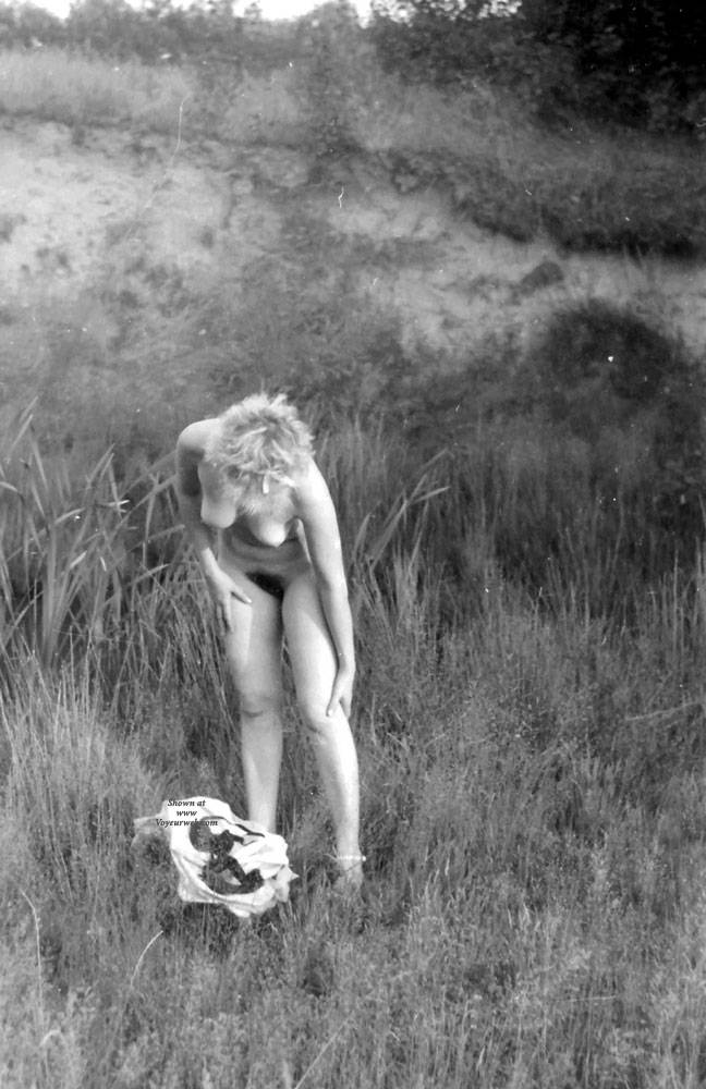 Pic #8 Plener - Nude Girls, Big Tits, Blonde, Outdoors, Nature, Bush Or Hairy, Amateur, Girls Stripping