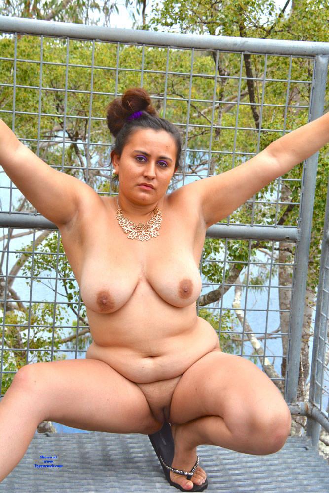 Pic #10 Valeria - Nude Girls, Big Tits, Brunette, Outdoors, Shaved, Amateur