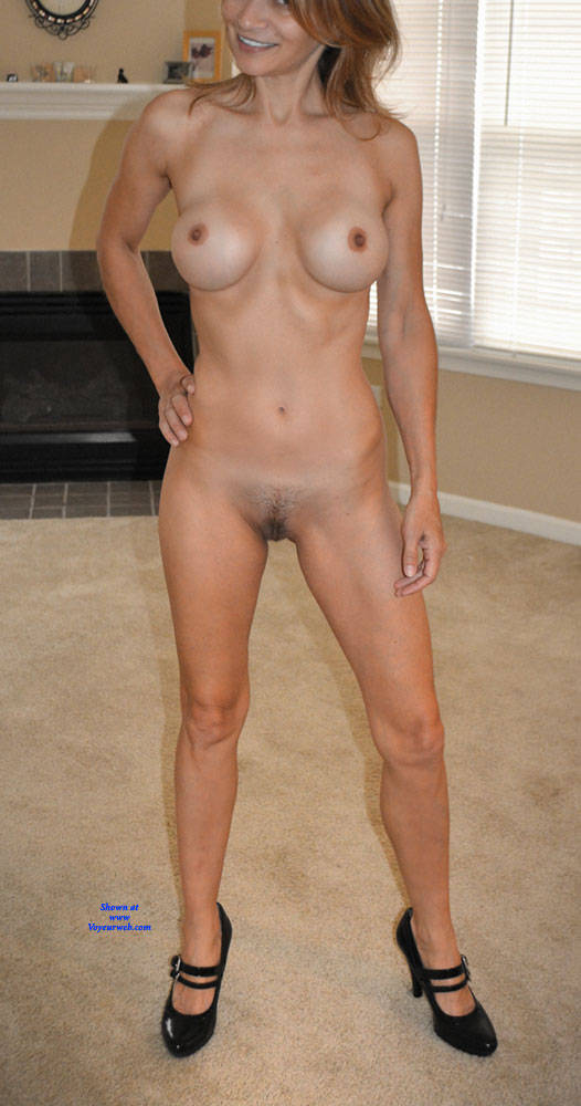 Pic #2 Pushing Buttons - Nude Girls, Big Tits, Bush Or Hairy, Amateur