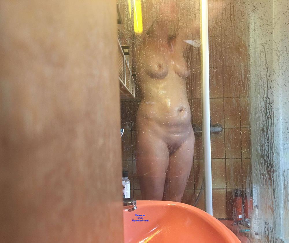 Pic #2 Shower Shots - Nude Girls, Amateur