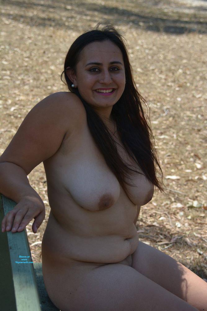 Pic #4 Valeria - Nude Girls, Big Tits, Brunette, Outdoors, Shaved, Amateur