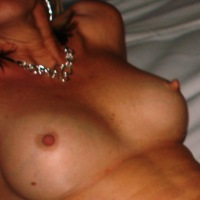 Medium tits of my wife - Cindy Tyhardone