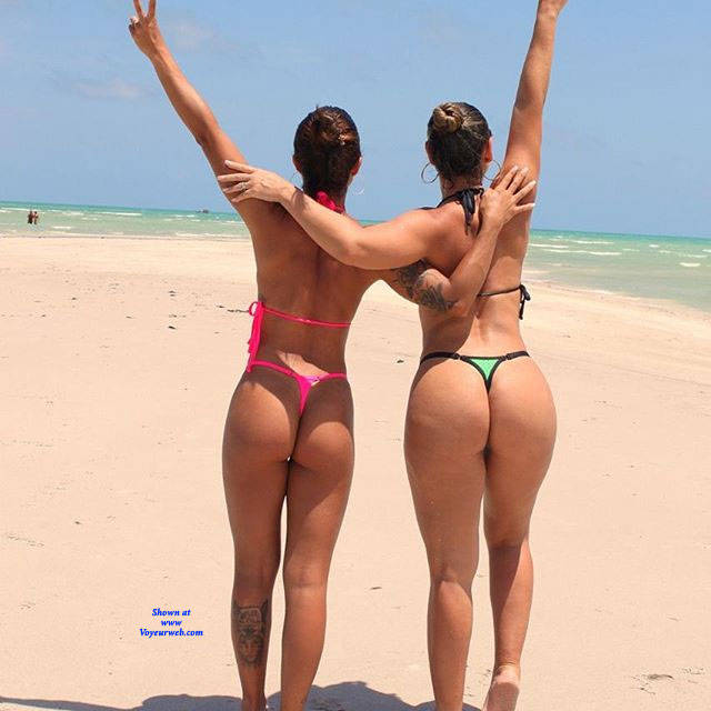 Pic #3 Brasileiras Exibidas Com Seus Bikini - Beach, Brunette, Outdoors, Bikini Voyeur, Firm Ass, Tattoos, Beach Voyeur