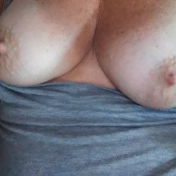 Medium tits of my girlfriend - Fungirl
