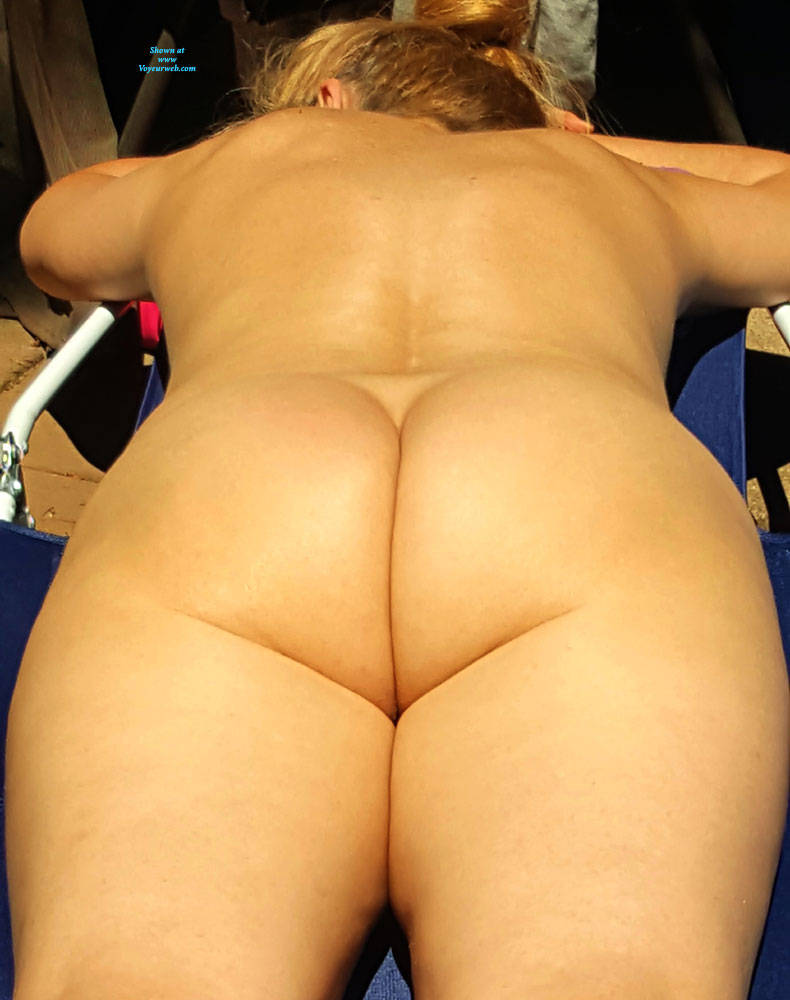 Pic #4 Sunny Days - Nude Wives, Outdoors, Shaved, Amateur
