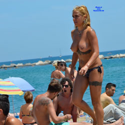 Sunshine At Barcaloneta - Topless Girls, Beach, Big Tits, Outdoors, Firm Ass, Tattoos, Beach Voyeur